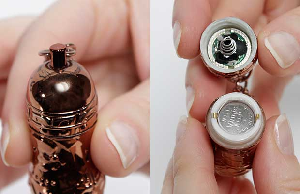 Push button operation and easy to replace battery.